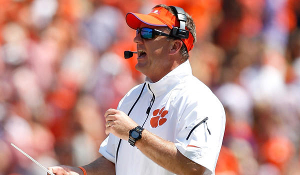 Is Chad Morris a top candidate for the USC coaching job?
