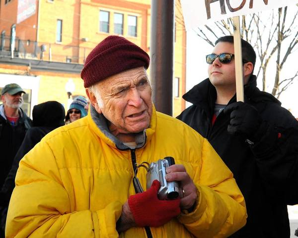 Leonard Kerpelman, shown in 2010, represented atheist Madalyn Murray O'Hair in her suit seeking to end prayer in public schools in Baltimore. In his later years, he shot videos to be aired on cable TV stations.