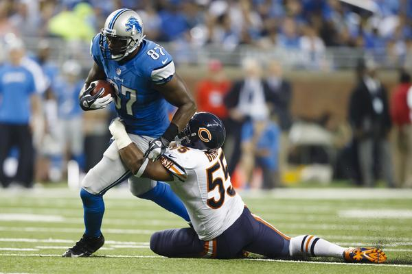 Linebacker Lance Briggs and the Bears defense had trouble stopping Reggie Bush and the Lions.