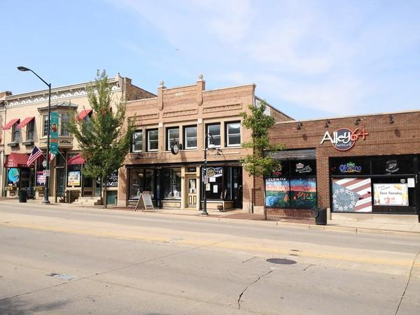 Owners of bars in downtown St. Charles say the situation has improved over the past year, citing more teamwork with the police department to address public drunkenness and fighting.