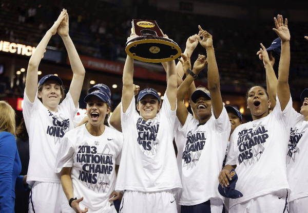 Members of the University of Connecticut's 2013 women's basketball team will be in town to help young players develop.