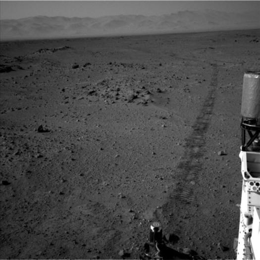 The government shutdown doesn't extend to Mars, where the Curiosity rover continues to make fresh tracks.