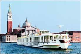 Cruising near Venice's Grand Canal