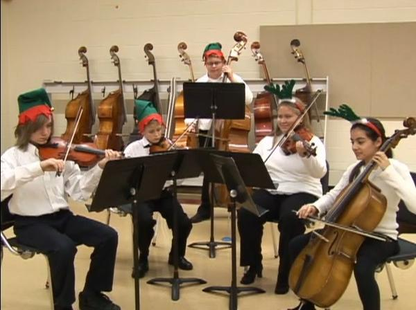 Fox Valley Academy of Music Performance Holds Holiday Concert