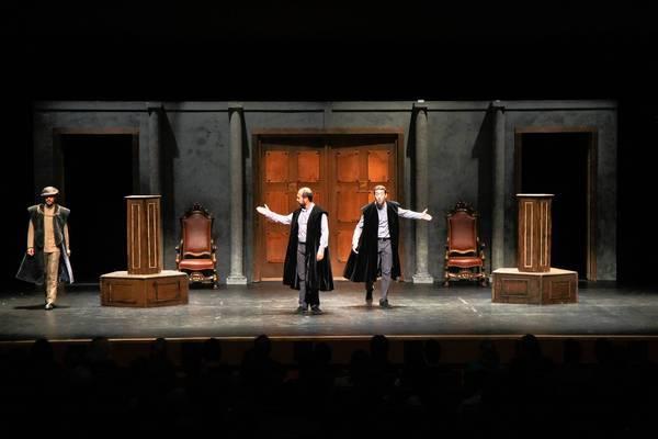 "Rakata's ""Henry VIII"" is at the Broad Stage in Santa Monica."