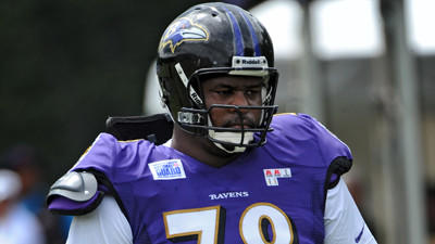 Ravens expected to explore trading Bryant McKinnie, sources say