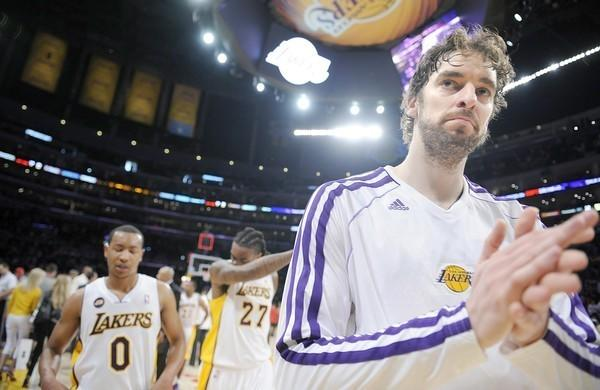 Pau Gasol, leaving the court in April after a 103-82 loss to San Antonio, has had procedures on both knees to relieve tendinosis.