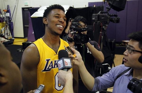 Nick Young is trying to get Kobe Bryant back on the court as soon as possible.