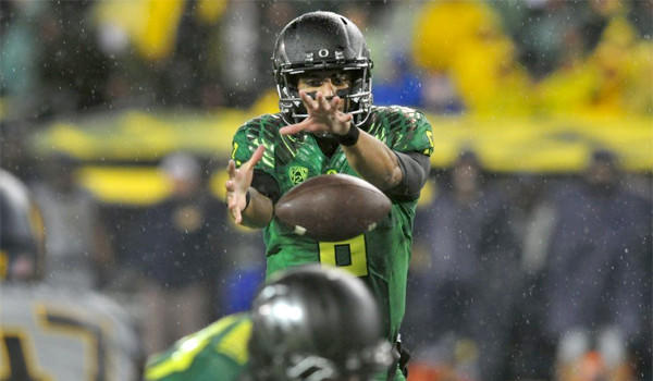 Marcus Mariota has the Oregon firmly situated at No. 3 behind Alabama (No. 2) and Stanford (No. 1) before the Ducks travel to Boulder, Colo. to face the Buffaloes.