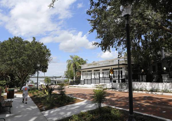 Mount Dora will celebrate the completion of the streetscaping for the new Fourth Avenue pedestrian mall at Alexander Street on Friday at 4 p.m.