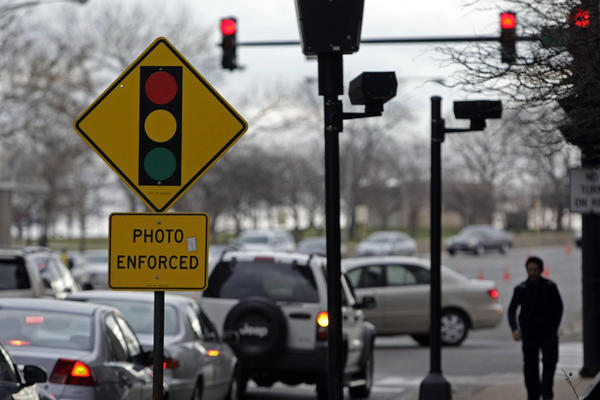Red light cameras exiting 18 Chicago intersections ...