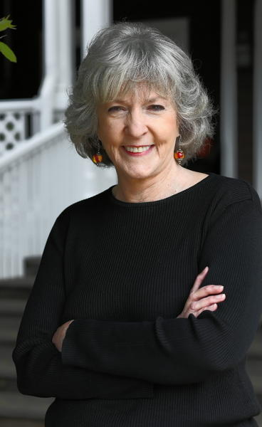 "Sue Grafton, author of the popular 'alphabet series' that began with ""A is for Alibi"" and features private investigator Kinsey Millhone, is coming to New Haven's Schubert Theater on Oct. 9."