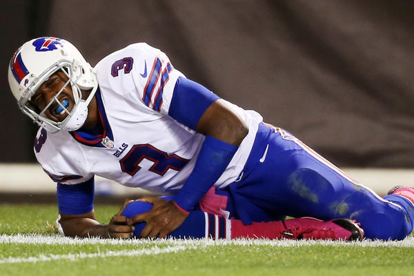Buffalo Bills quarterback E.J. Manuel grimaces after being injured during the game against the Cleveland Browns.