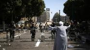 Pro-government crowds clash with Islamists in Egypt