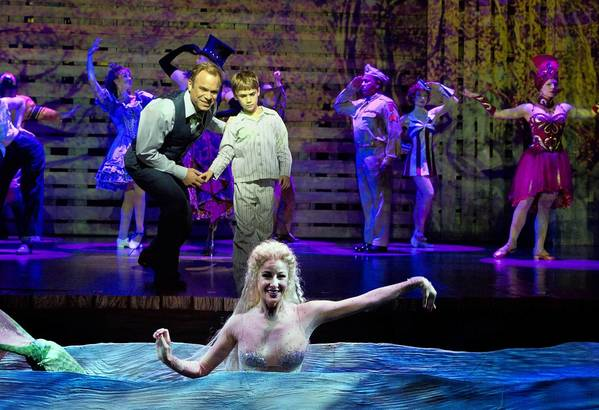 "Norbert Leo Butz, Zachary Unger, Sarrah Strimel in ""Big Fish."""