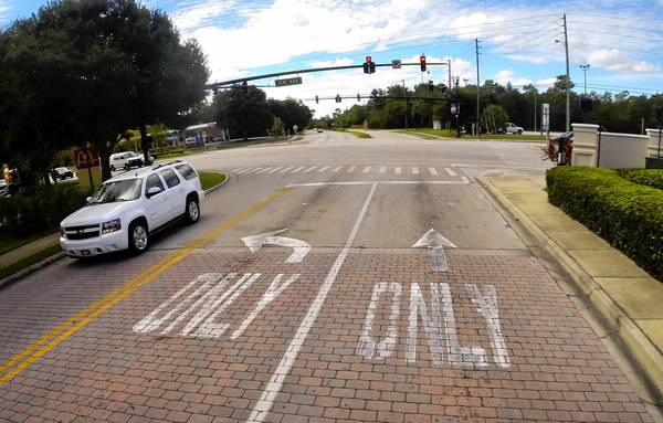 The intersection of State Road 434 and Tuskawilla Road, as seen looking southbound on Tuskawilla, in the Marketplace Town Center, in Winter Springs, Friday, Oct 4, 2013. Winter Springs Mayor Charles Lacey calls it one of the most awkward and confusing intersections in the city.