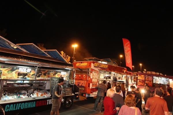 Food truck fans can pig out to their hearts' delight as more than 30 such vendors gather in Las Vegas for a weekend festival.