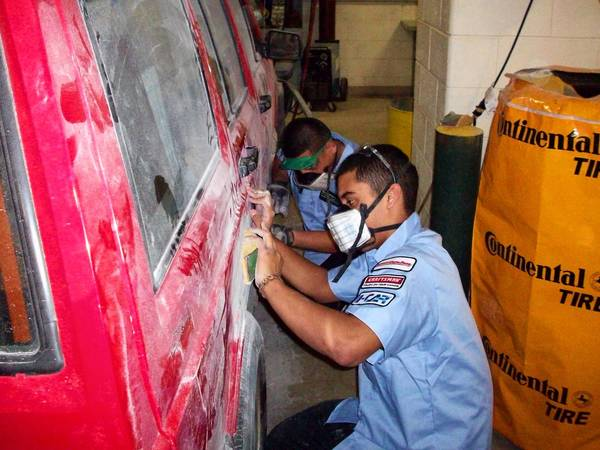 Students at York Community High School in Elmhurst work on an electrical car project. Arlington Heights Ford recently donated $45,000 in parts to their school and Kennedy King College in Chicago through the Collision Repair Education Foundation of Hoffman Estates.