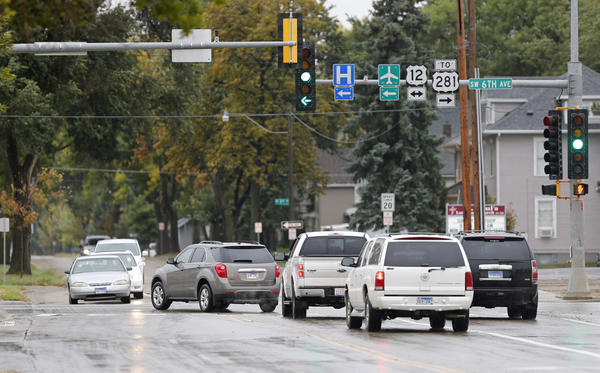 A change in the traffic signal at South Second Street and Sixth Avenue Southwest means northbound traffic has a short delay while motorists turning east onto Sixth Avenue have a green arrow.