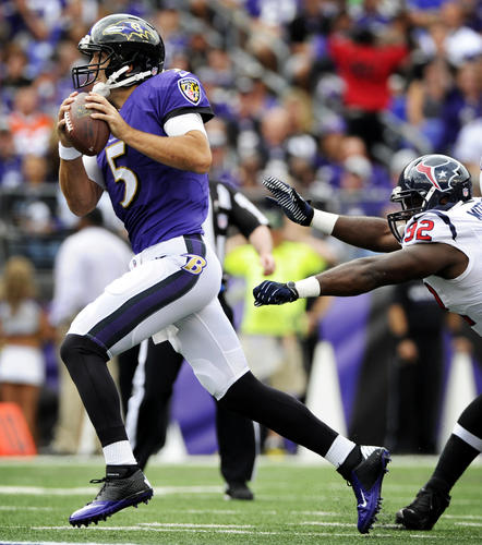Joe Flacco didn't dominate the game, but he managed it well under a lot of duress. The Ravens didn't have good field position in the first quarter, but Flacco didn't have a turnover despite constant pressure. The Ravens were 8 of 16 on third-down conversions, and Flacco threw some nice touch passes to Torrey Smith down the sidelines and across the middle. <b>Grade: C+.</b>