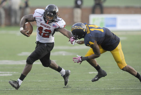 Northern Illinois Huskies running back Cameron Stingily will play this week despite his arrest.
