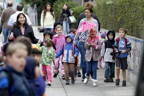 Lincoln Elementary School students participate in International Walk to School Day at the La Crescenta school