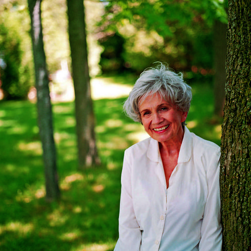 "Upon winning the Nobel Prize, Alice Munro told her publisher: ""This is so surprising and wonderful. I am dazed by all the attention and affection that has been coming my way this morning.  It is such an honor to receive this wonderful recognition from the Nobel Committee and I send them my thanks."" Then she stopped answering her phone."