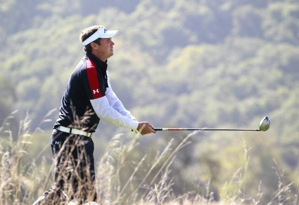 Jeff Overton is tied for first after the first round of the Frys.com Open.