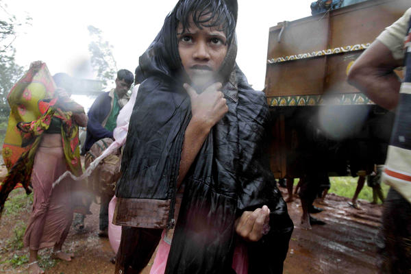 India battered by massive cyclone - Cyclone Phailin evacuations
