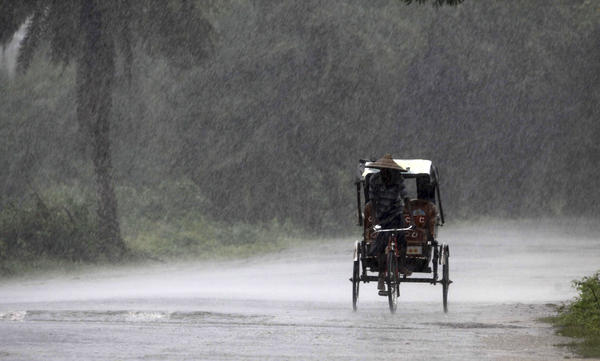 India battered by massive cyclone - Cyclone Phailin brings heavy rains