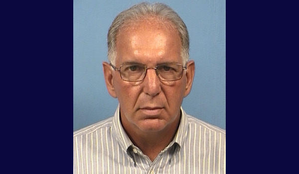 Former Chicago Bears quarterback Bob Avellini, of Roselle, was charged with aggravated felony DUI in September.