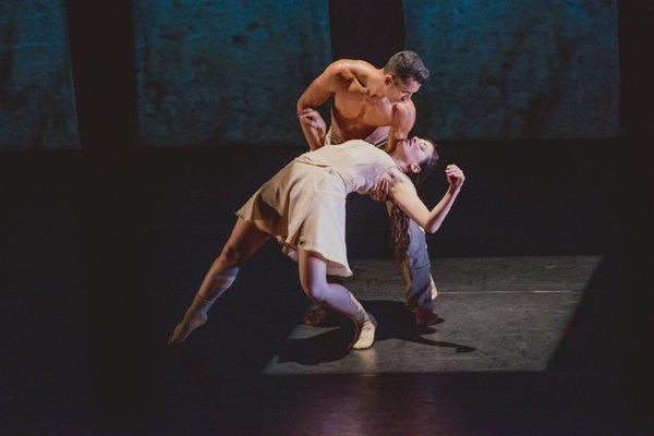 "Melissa Bourkas and Miguel Perez of BodyTraffic perform ""Kollide"" at the Broad Stage in Santa Monica."