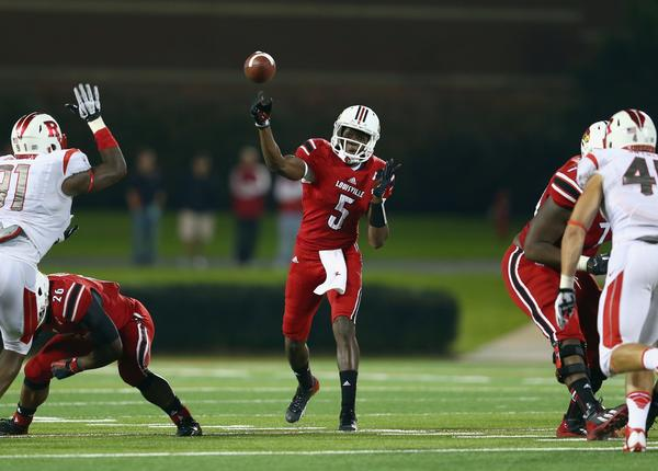 Louisville QB Teddy Bridgewater throws a pass during the game against Rutgers.