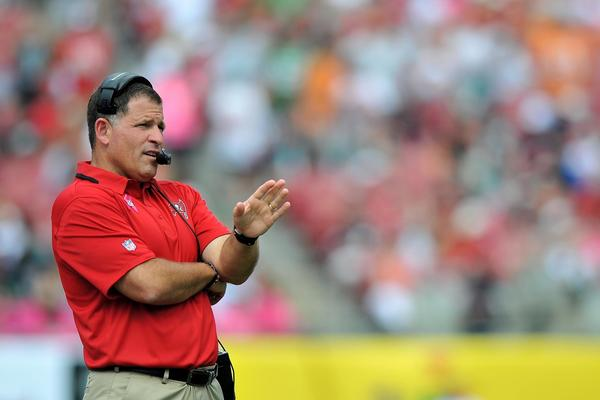 Buccaneers coach Greg Schiano looks on from the field during the third quarter against the Eagles.