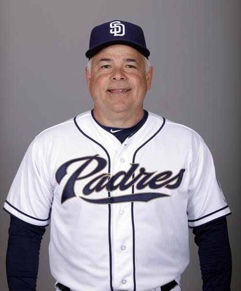 Padres bench coach Rick Renteria.