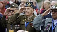 Veterans, protesters, politicians claim closed monument in D.C.