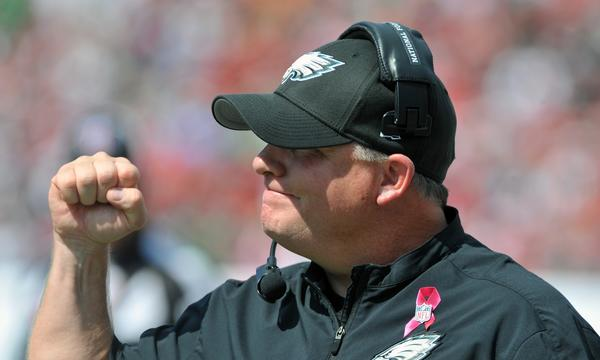 Philadelphia Coach Chip Kelly celebrates a touchdown during the Eagles' 31-20 win over the Tampa Bay Buccaneers on Sunday.