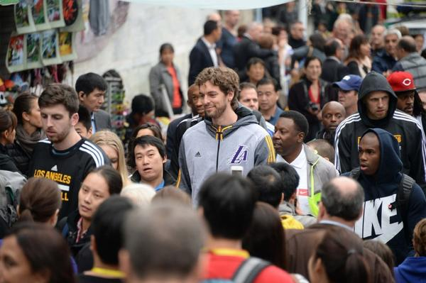 Pau Gasol of the Lakers visits the Great Wall.