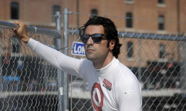IndyCar Series driver Dario Franchitti underwent a three-hour surgery Monday to repair his right ankle.
