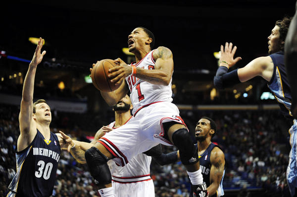 Bulls guard Derrick Rose is back, and looks to be his old explosive self.