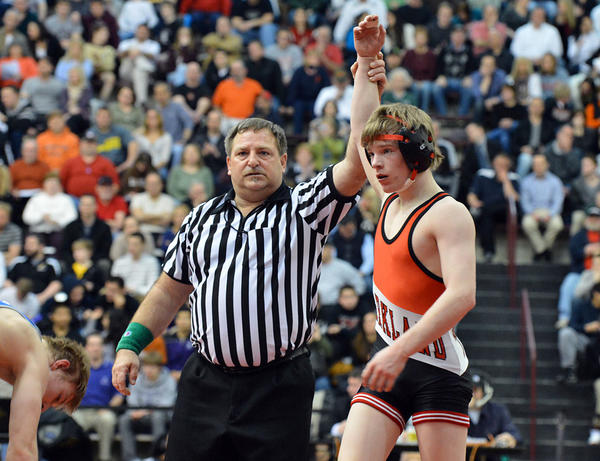 Parkland senior Ethan Lizak, a two-time PIAA wrestling champ, has committed to Minnesota.