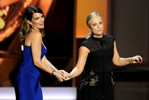 Tina Fey and Amy Poehler will be hosts of the Golden Globes.