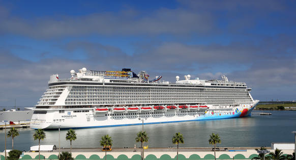 The new Norwegian Cruise Lines ship Breakaway, making its first docking at Port Canaveral, Tuesday, October 15, 2013. (Joe Burbank/Orlando Sentinel) B583258