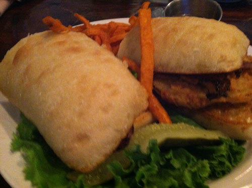 Food find: Fried green tomato BLT at the William Rand Tavern inside the Smithfield Inn