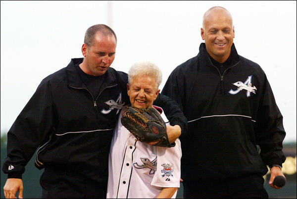 Vi Ripken with her sons, Bill, left, and Cal Jr. in 2012.