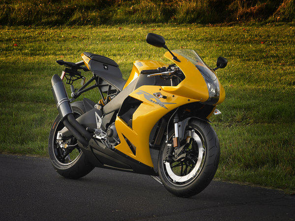American race entrepreneur Erik Buell has unveiled his new EBR1190RX.