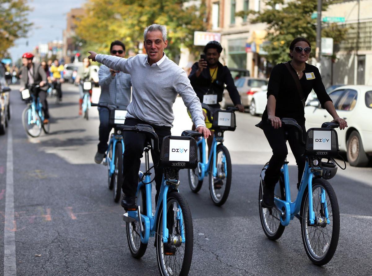 Divvy Bikes In Chicago Emanuel on Divvy bikes