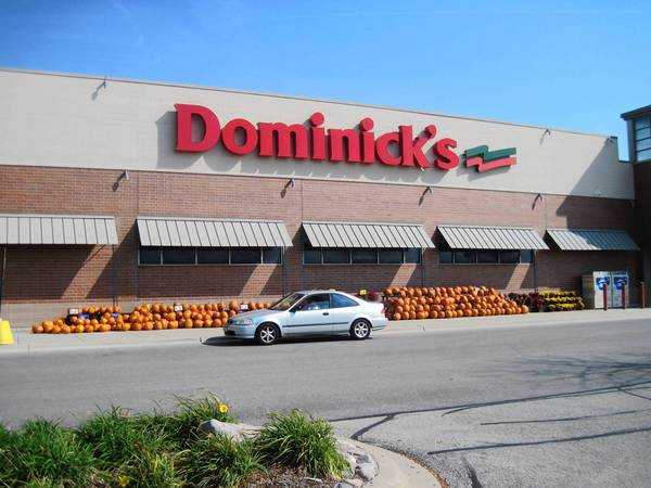A Dominick's store at Illinois Highway 83 and St. Charles Road in Elmhurst is one of 72 in the Chicago market.
