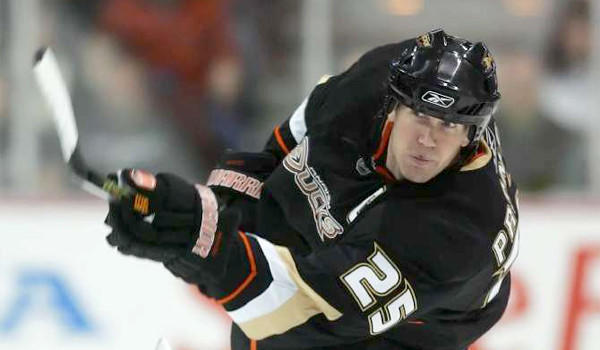 Word that former Duck defenseman Chris Pronger would not play again drew praise from his former teammate Ryan Getzlaf, who said he held his teammates accountable and made the Ducks a better team.