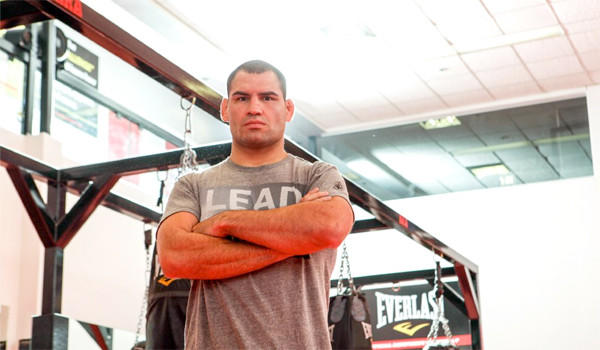 Cain Velasquez, above, says he's training for any tactics Junior Dos Santos might bring to their fight on Saturday. The two are meeting for the third time after splitting their first two fights.